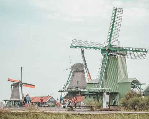 Nederland onderzoekt ios onbetaalde facturen b2b