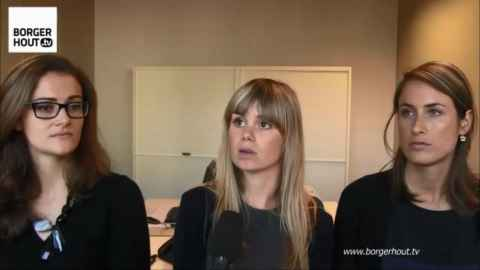 Drie stagiair-gerechtsdeurwaarders van Modero: Aurélie Stefens, Saya Pauwels en Charlotte Van Loon.